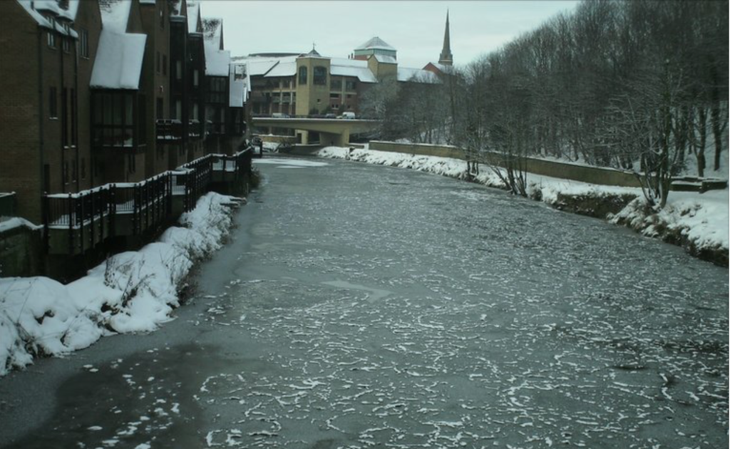 frozen river wear december 2010