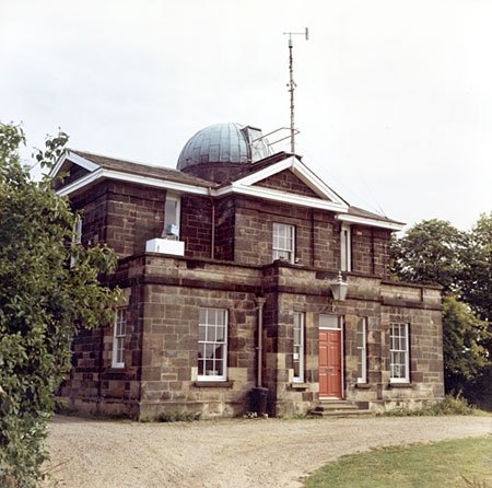 Durham University Observatory , the Official Met Office Durham reporting site.
