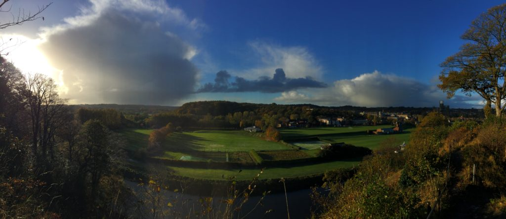 picture of a panaromic view across the river wear from pelaw wood
