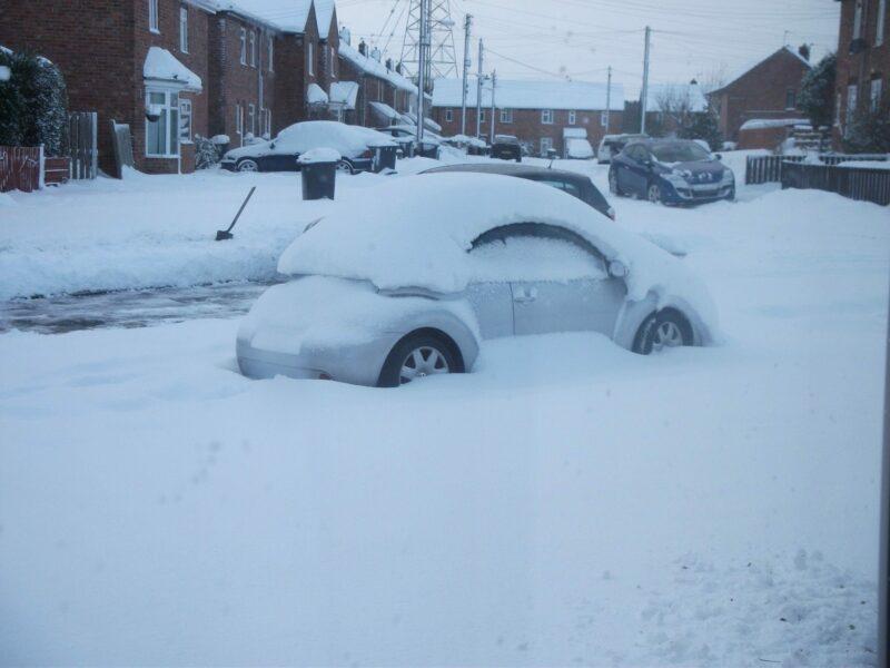 Deep snow in Durham, December 2010